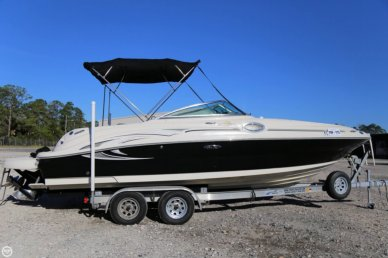 Sea Ray 240 Sundeck, 26', for sale - $26,500
