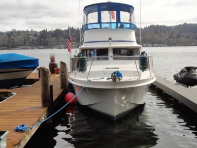 Uniflite 36 Double-Cabin, 36', for sale - $55,000