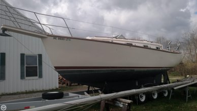 Island Packet 31, 31', for sale - $42,800