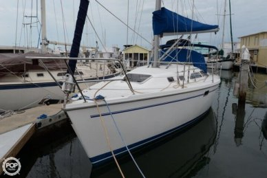 Catalina 320, 32', for sale - $44,500