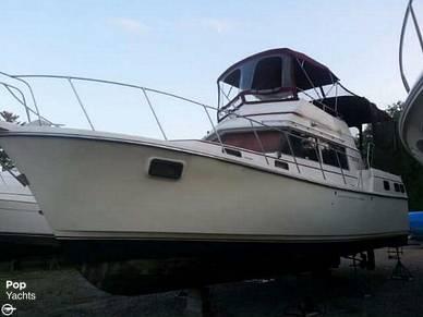 Carver 3607 Aft Cabin, 40', for sale - $25,000