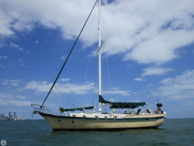 CSY 44 Mid-cockpit cutter, 44', for sale - $50,000