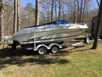 Sea Ray 215 Express Cruiser, 21', for sale - $16,500