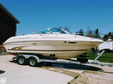 Sea Ray 215 Express Cruiser, 21', for sale - $16,900
