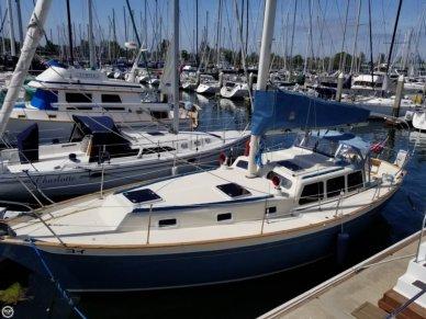 Islander Freeport 36, 35', for sale - $61,200