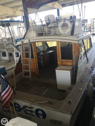 Egg Harbor 33, 33', for sale - $32,300