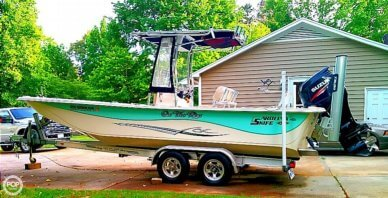 Carolina Skiff 238 DLV, 22', for sale - $38,900