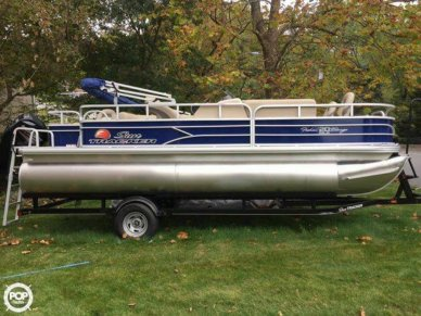 Sun Tracker Fishin Barge - 20 DLX, 21', for sale - $24,995