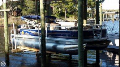 Sun Tracker Fishin' Barge 20 DLX, 21', for sale
