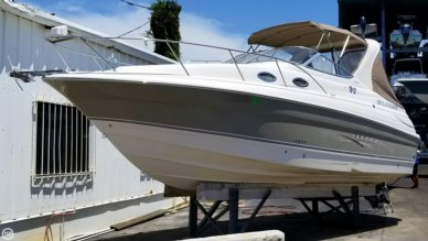Larson Cabrio 260, 26', for sale - $31,995