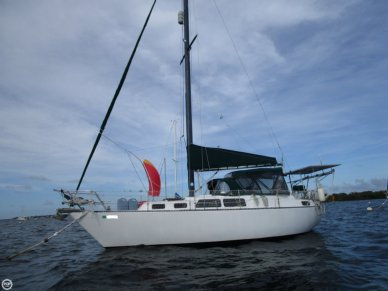 S2 Yachts 9.2C Aft Cabin, 29', for sale - $25,000