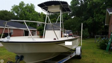 Boston Whaler 18 Outrage, 18', for sale - $18,000