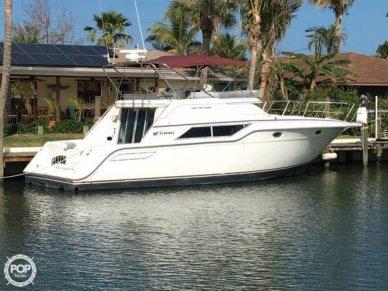 Cruisers 4280 Express Bridge, 42', for sale - $39,900