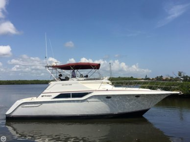 Cruisers 4280 Express Bridge, 42', for sale - $39,900