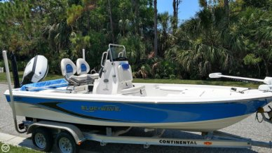 Blue Wave 2000 Pure Bay, 19', for sale - $29,990