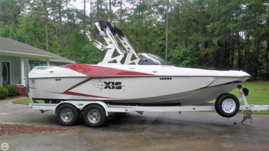 Axis A22, 21', for sale - $64,999