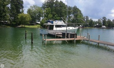 Mainship 34 Diesel Cruiser, 34', for sale - $39,900