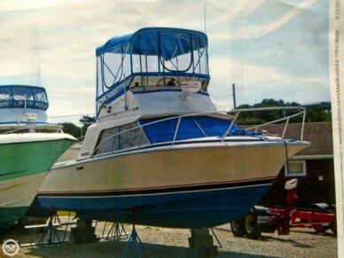 Phoenix 29 Convertible, 28', for sale - $17,500