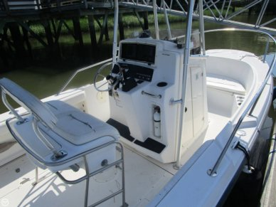 Boston Whaler 21 Outrage, 21', for sale - $39,500