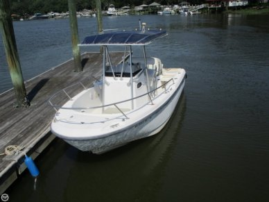 Boston Whaler 21 Outrage, 21', for sale - $26,000