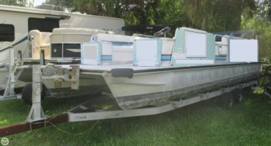 Lowe 257 Classic, 26', for sale - $20,000