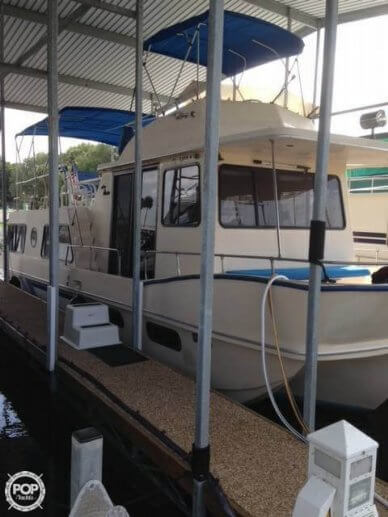 Holiday 39, 39', for sale - $38,900