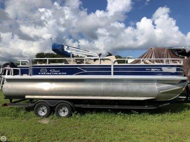 Sun Tracker Fishin' Barge 22 DLX, 24', for sale - $34,900