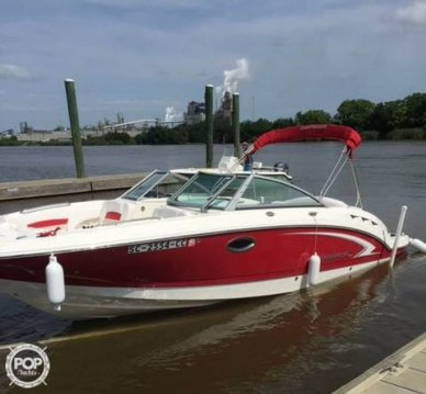Chaparral 244 Sunesta, 26', for sale - $46,600
