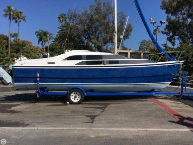 MacGregor 26M, 25', for sale - $18,000