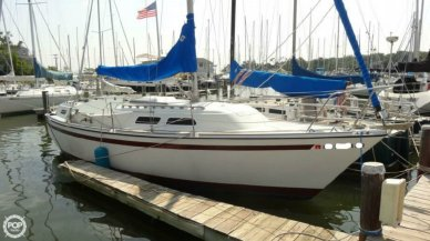 O'day 32, 31', for sale - $8,500
