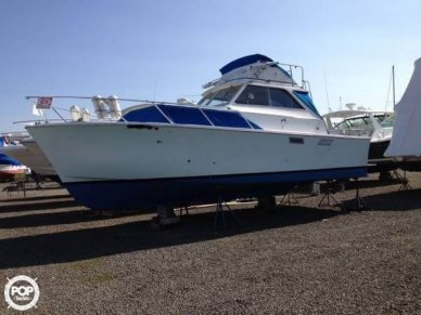 Pacemaker Alglas Sports Fisher 33, 33', for sale - $16,000