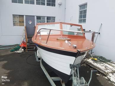 Chris-Craft Sea Skiff, 23', for sale - $66,000