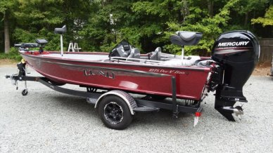 Lund 1875 Pro-V Bass XS, 18', for sale - $44,500