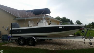Robalo 206 Cayman, 20', for sale - $37,500