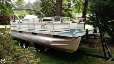 Crest 22 Sport, 22', for sale - $15,000