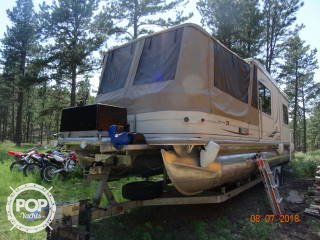 Sun Tracker 32 Custom Party Cruiser, 37', for sale - $39,995