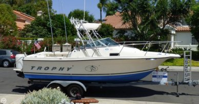 Trophy 2052 FD, 21', for sale - $21,000
