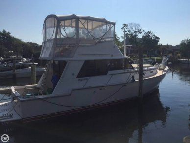 Mainship 34, 34', for sale - $50,000