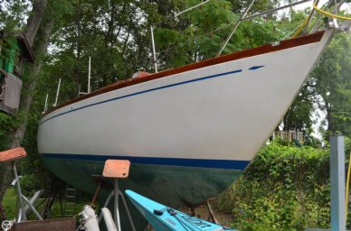 Hallberg-Rassy Mistral 33, 33', for sale - $19,900