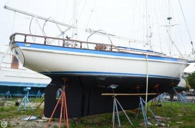 Fuji 35, 34', for sale - $13,900