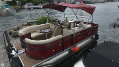 Crest I 200 SF, 21', for sale - $34,900