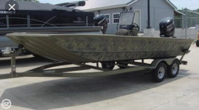 Tracker 2072 MVX Grizzly CC, 21', for sale - $21,500