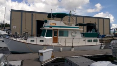 Thompson 44, 44', for sale