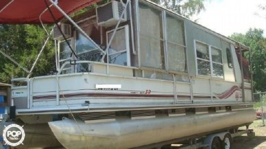 Sun Tracker Party Hut 30, 30, for sale - $16,000