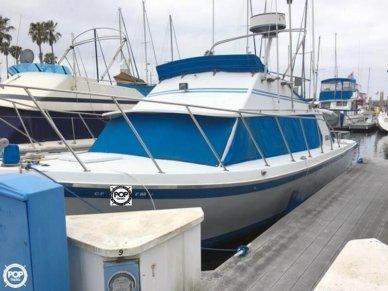 Luhrs 320 Flybridge Cruiser, 32', for sale - $20,000
