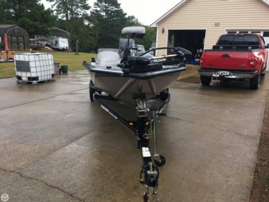 Bass Tracker Pro-Team 190 TX 30th Anniversary Edition, 18', for sale