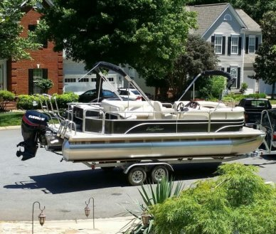 Sunchaser 8524 Fish-N-Cruise, 23', for sale - $31,700