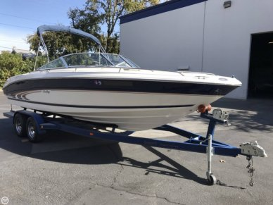 1998 Sea Ray 230 Bow Rider Select Signature - #2