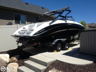 Yamaha 242 Limited S, 24', for sale - $47,900