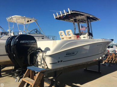 Boston Whaler 220 Outrage, 22', for sale - $84,900